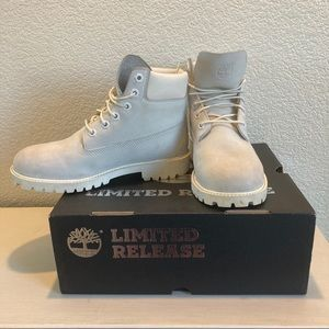 Limited Release Ghost Timberlands🤍